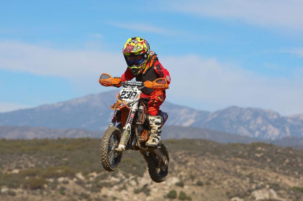 motocrossing_transworld